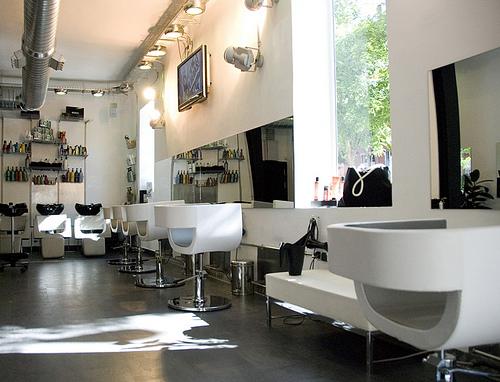 Bellezapura redken archivos bellezapura for Salones modernos madrid