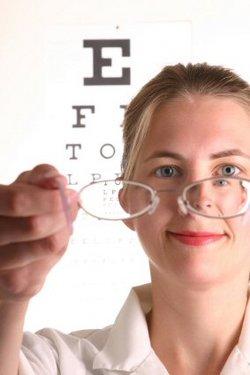 250px-Optometrist