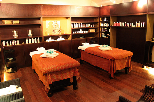 Jade luxury thai spa lujo asi tico instalado en madrid - Como decorar tu salon ...