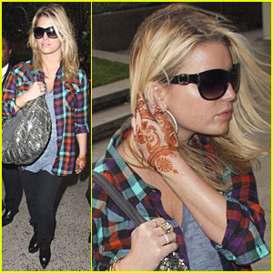 web-jessica-simpson-hearts-