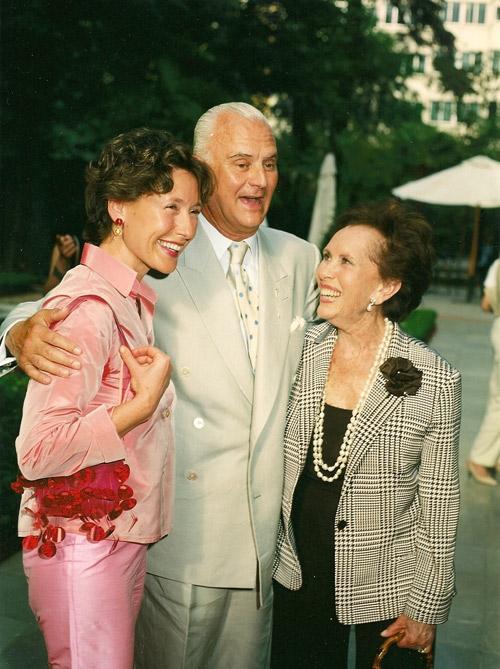 2001-Blahnik,-Maria-Rosa-y-