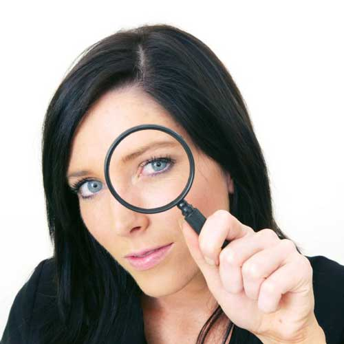 woman_magnifying_glass