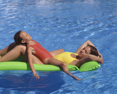mother-and-daugther-sunbath