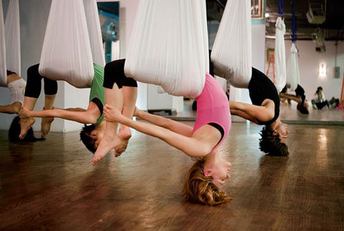 Anti-Gravity-Yoga