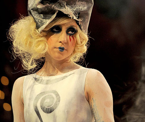 Lady-Gaga-make-up