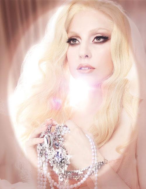 Lady-Gaga-publicidad-Viva-G