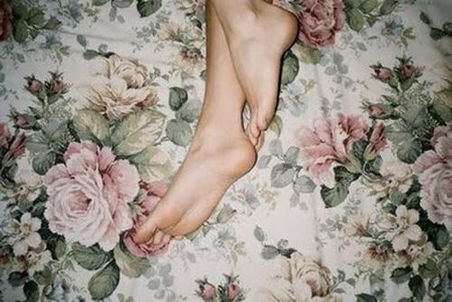 Descansando antes de ponerse sus zapatillas preferidas