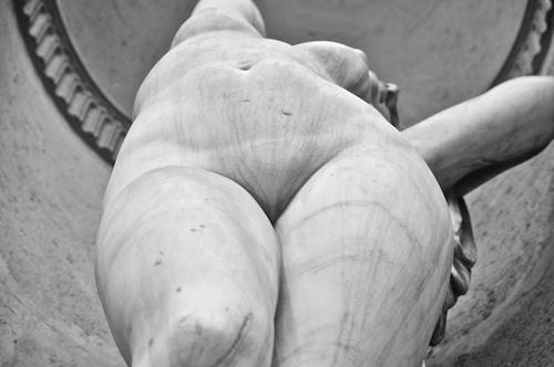 El vello púbico, foto de Gabriel Magnesio