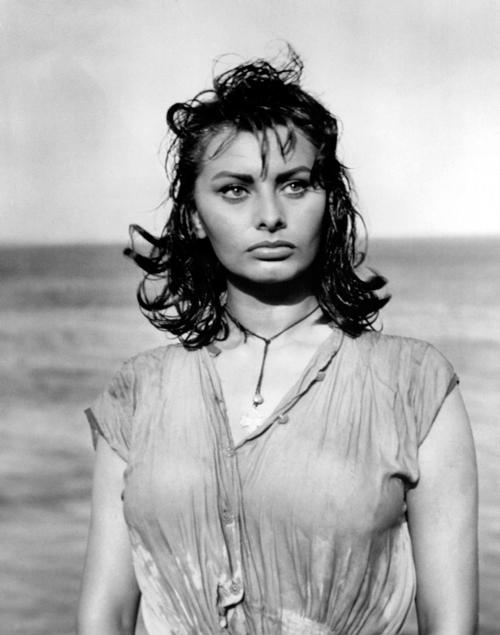 Sophia-Loren-playa