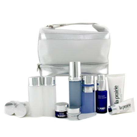 Travelling-Luxuriously-Kit-
