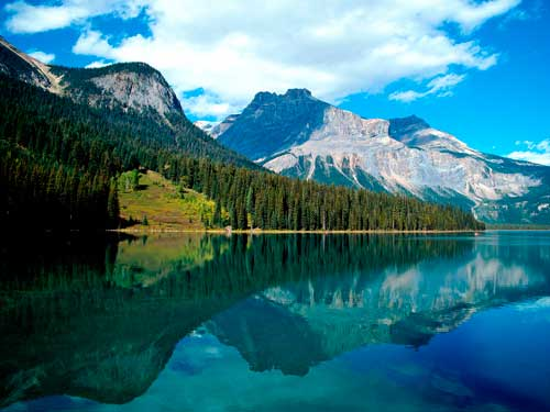 Wallpapers-Emerald-Lake-Canada