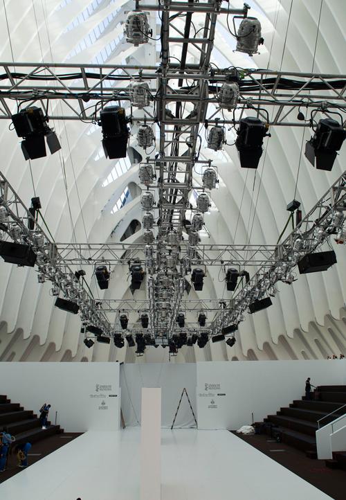 Nueva cita con la moda en valencia fashion week 2011 - Disenadores en valencia ...