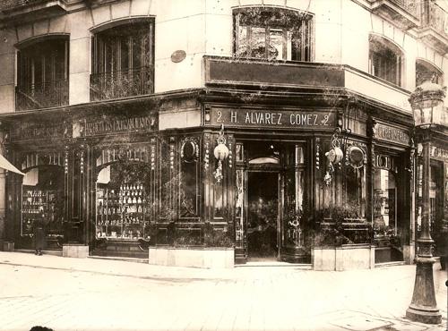 Imagen de la fachada de la primera tienda de Álvarez Gómez