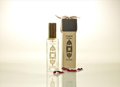 rose epicee perfume & box