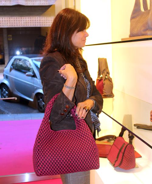 Patricia Fontaneda con uno de sus bolsos