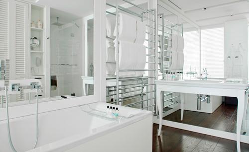 hotel-perfume-magna-pars-suites-milan-bano