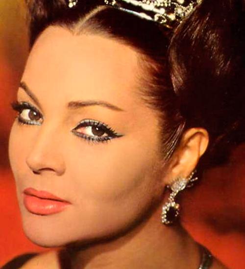 Sara Montiel La Belleza Que Cautivó A Hollywood Bellezapura