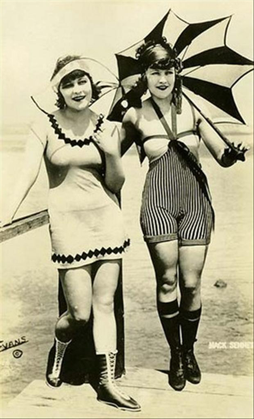 old-style-bathing-suits