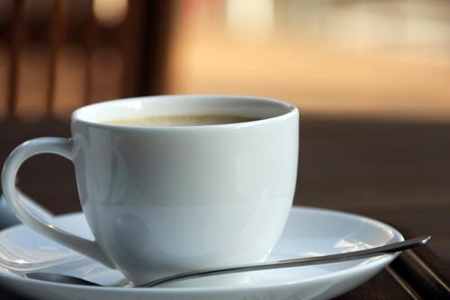 cafe-pendiente-solidaridad-necesitados