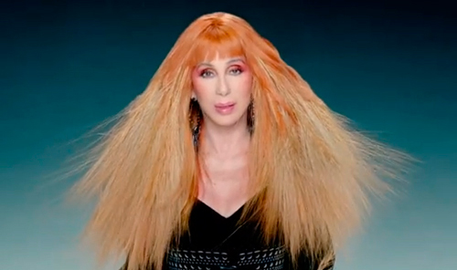 cher-womans-world-peluca-pelirroja