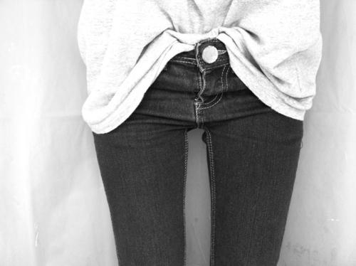 thigh-gap-piernas-ciguena-peligrosa-tendencia-espacio-muslos