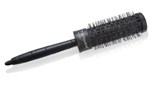 peinado-nochevieja-facil-cepillo-termix-na-no