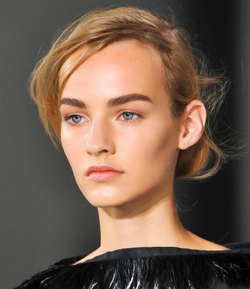 cejas-naturales-tendencias-trucos-maquillaje