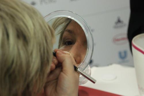 maquillaje-terapeutico-cancer-ponte-guapa