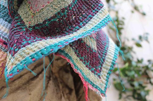 pinkoco-tienda-efimera-cosmetica-complementos-aseo-alfombra