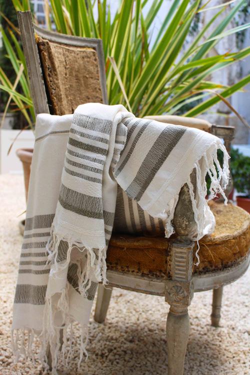 pinkoco-tienda-efimera-cosmetica-complementos-aseo-foulard