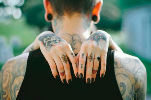 nails-tattos