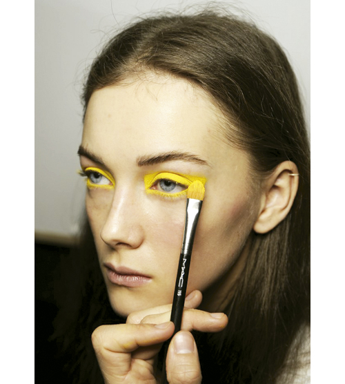 tendencias-maquillaje-otono-invierno-2015-streamlined-almeida