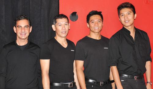 Propietario y parte del equipo de Fariolen Manila