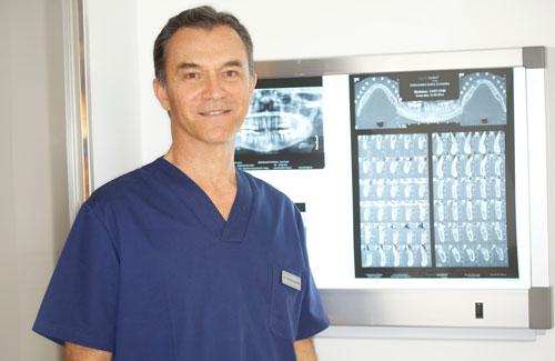 El Dr. Luis Calatrava