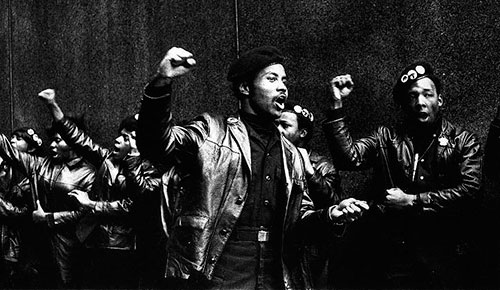 Black Panthers puño alzado