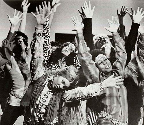Hijos de un dios mayor: los hippies de la libertad