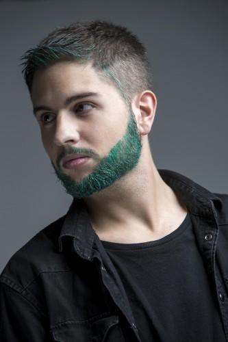 Cabello verde en hombres