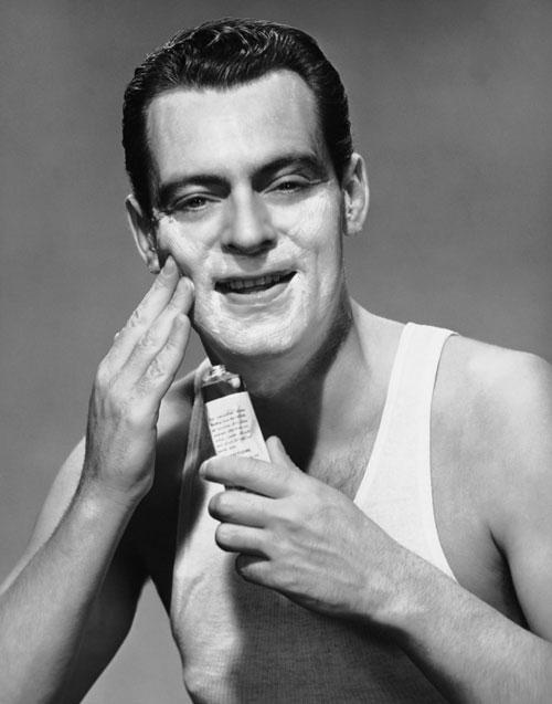 cosmetica-masculina-piel-sensible-avene-men
