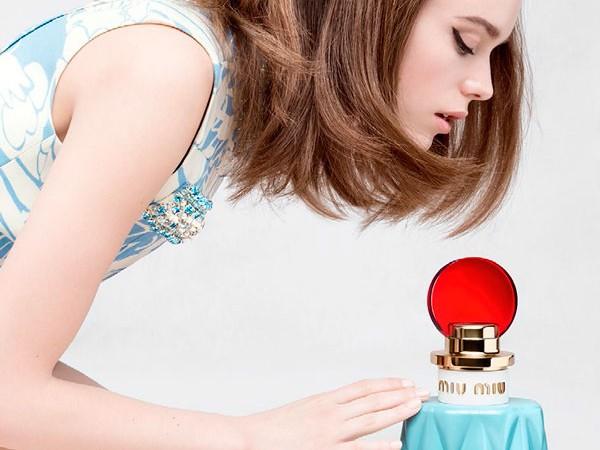 miu-miu-perfume-femenino-stacy-martin-novedad
