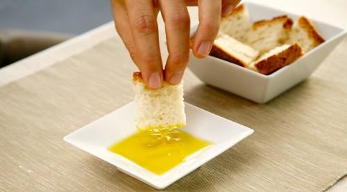 aceite de oliva y pan1