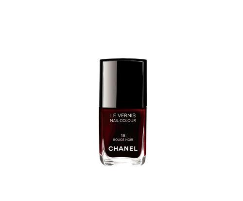 chanel-maquillaje-navidad-rouge-noir-absolument-18