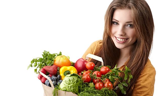 mujer y comida