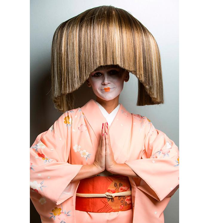 Yolanda Aberasturi, peinados de geisha