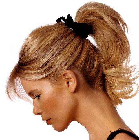 Claudia-Schiffer-Ponytail-Hairstyle