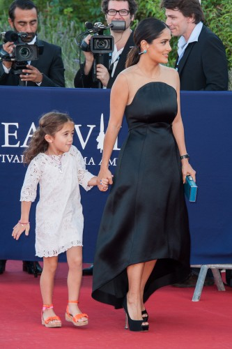DEAUVILLE, FRANCE - SEPTEMBER 08:  Salma Hayek arrives with her daughter  Valentina Paloma at the closing cermony of the 38th Deauville American Film Festival on September 8, 2012 in Deauville, France.  (Photo by Francois Durand/Getty Images)
