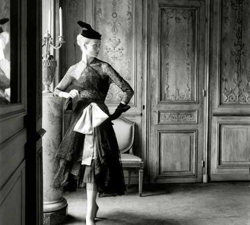 Balenciaga, exposición de encajes
