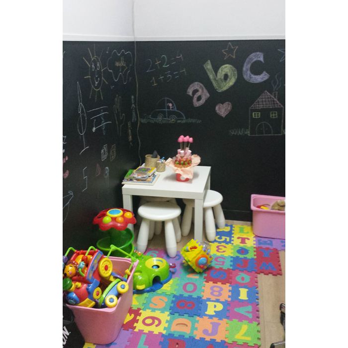diana-daureo-peluqueria-zona-infantil