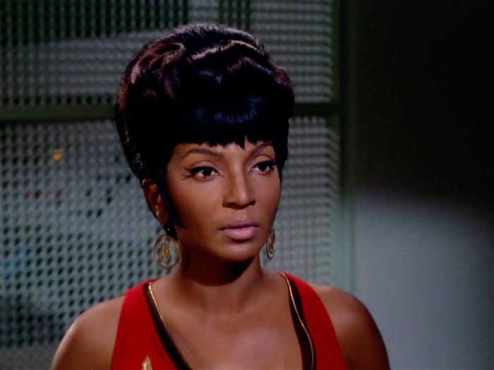 star-trek-mac-cosmetics-uhura