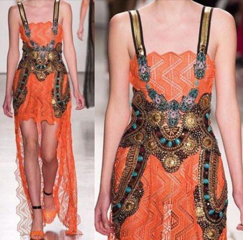 Detalle de uno de los vestidos presentados. Fuente: Custo.