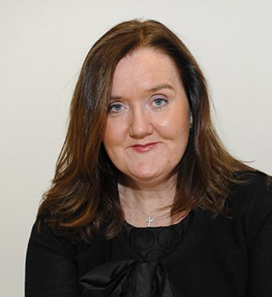 Liz Cunnane Phillips es una reconocida experta en caída capilar.